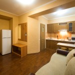 kamyanets-podilsky-gala-hotel-apartments-kitchen